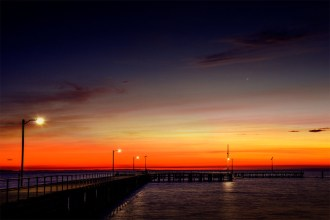 stleonards-sunrise-pier-beach-water