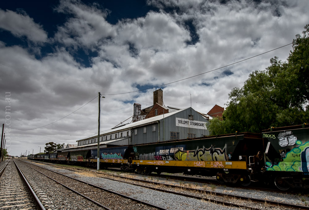 murtoa-railway-carriages-sheds-victoria-6083