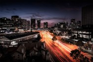 melbourne-dusk-lighttrails-wurundjeriway-urbanlandscape