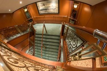 queen-victoria-docked-melbourne-8341