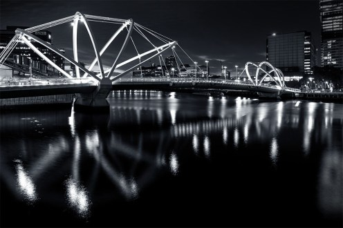 seafarer-bridge-night-monochrome-melbourne