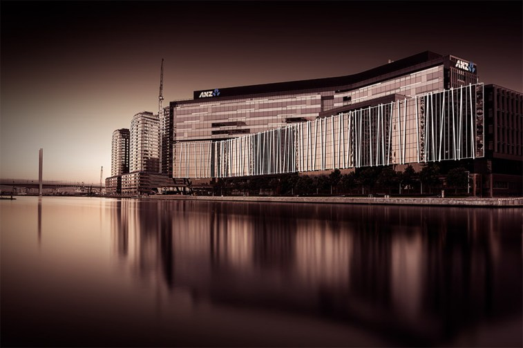building-docklands-long-exposure-melbourne