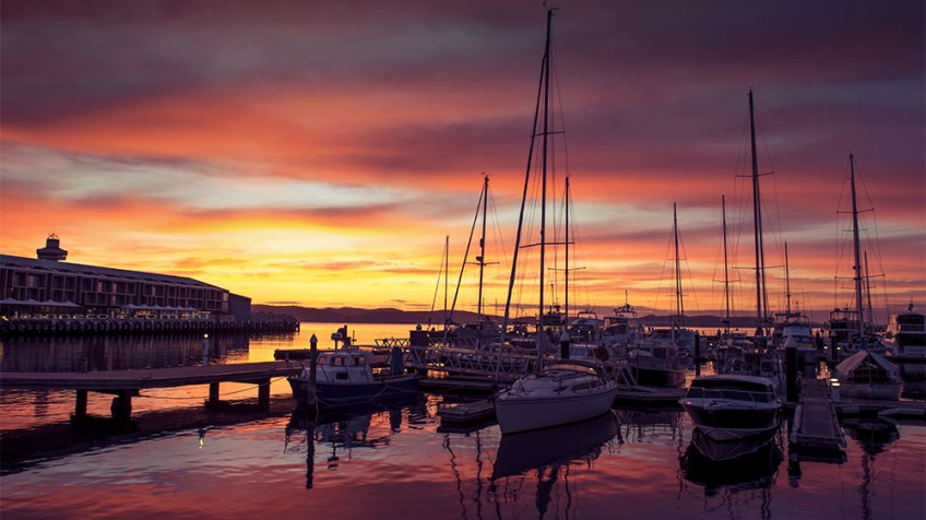 hobart-sunrise-morning-harbour