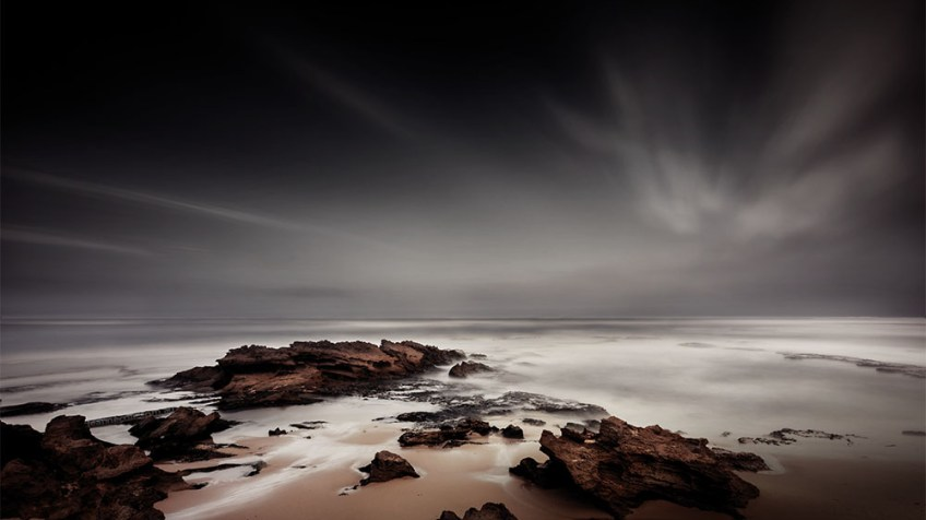 sorrento-backbeach-longexposure-rocks-water