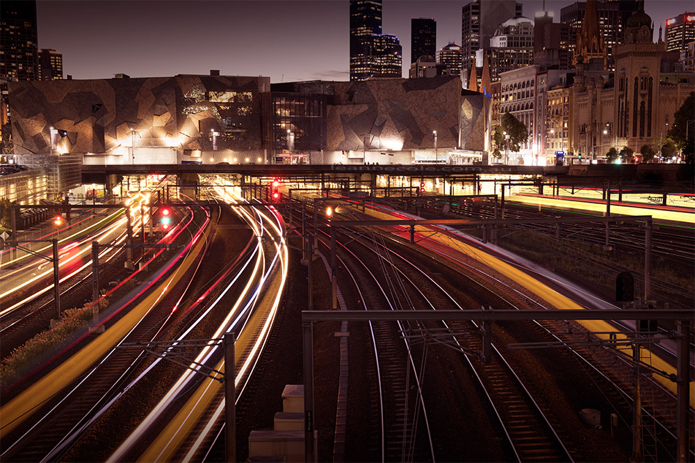 batman-avenue-train-trails-melbourne