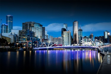 melbourne-southwharf-seafarersbridge-night-bluehour