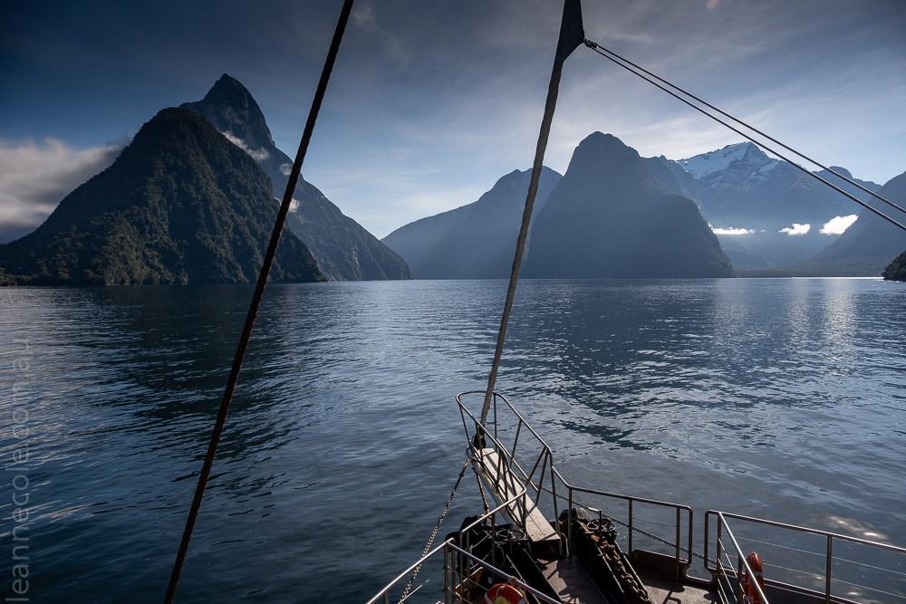 milford sound-boatcruise-fiordland-newzealand-0075