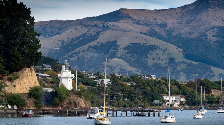 scenic-akaroa-lighthouse-water-newzealand-2348