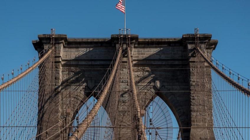 Silent Sunday - Brooklyn Bridge