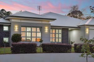 Stunning home at Middle Ridge Toowoomba