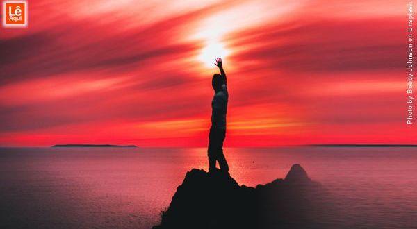 A oração é o momento de comunhão dos universos
