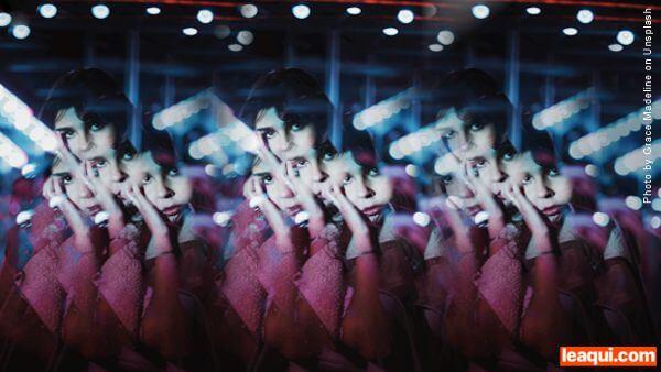 montagem fotográfica que repete diversas vezes um rosto de uma moça aprovação dos outros