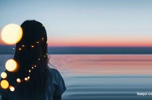 Que nossas ações possam sempre Te agradar. Nossos espíritos estão dispostos.Ajuda-nos a materializar os desejos dignos no Ano Novo.