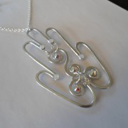 hamsa-pendant-silver-moonlight-detail-left