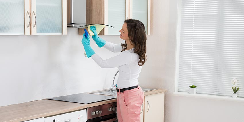 it is extremely important that you switch on your exhaust fan or range hood before cooking.