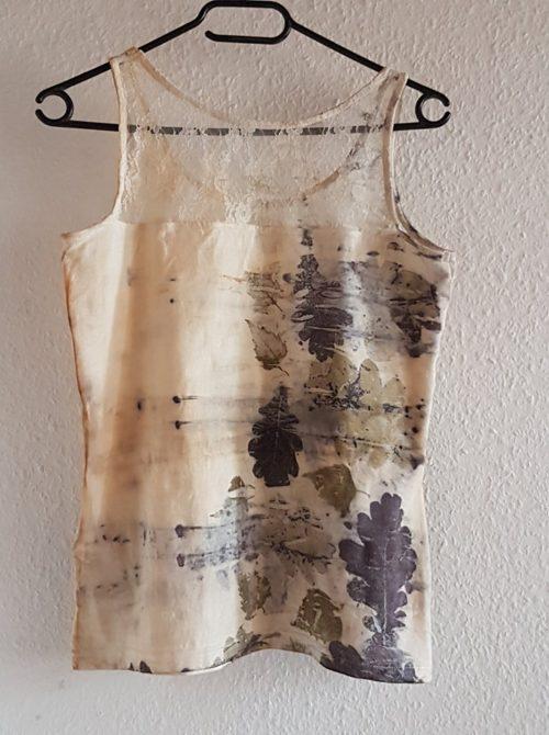 Kat Szabo: Oak and birch leaves on cotton