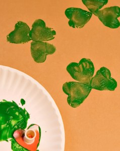 make-shamrock-prints-slide