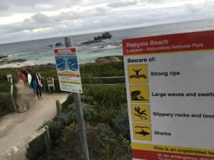 Une plage où l'on a hésité à surfer... Mais non.