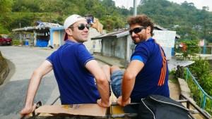 Matt et moi chevauchant le jeepney!