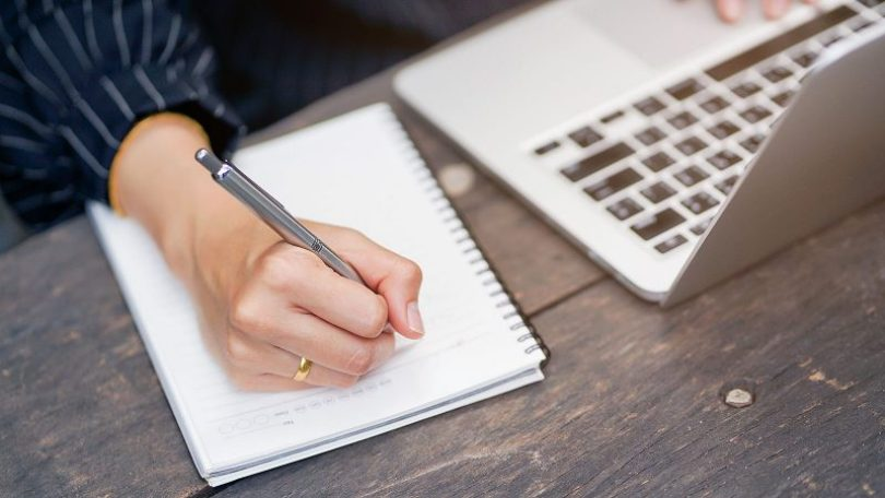 Key Secrets to Write An Effective Essay In English