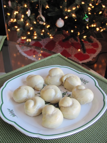 Italian Bow Knot Cookies With Sweet Lemon Sugar Icing