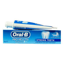 Oral-B pro health strong teeth toothpaste 140g