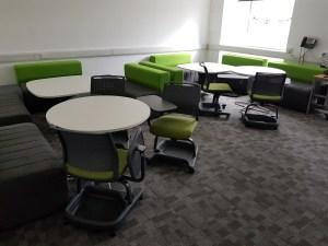MB757 Student desks