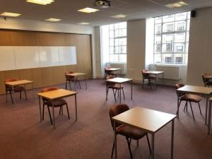MB564 12 desk
