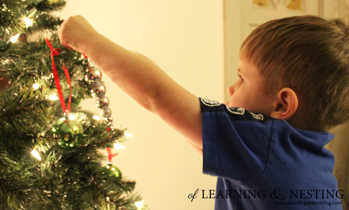 kids-christmas-tree