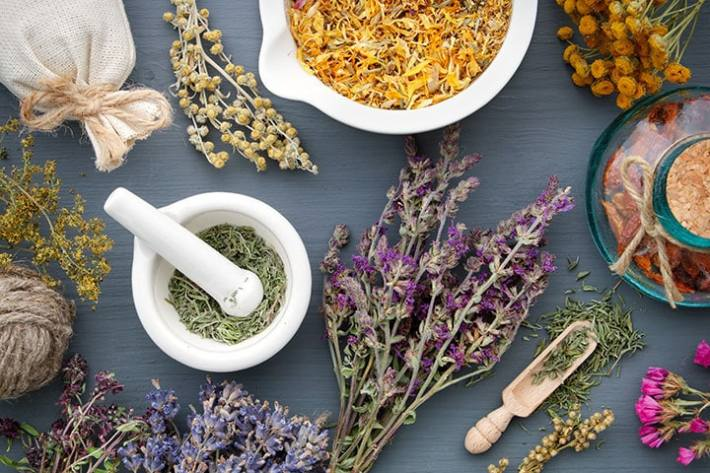 How to Create an Herbal Bath