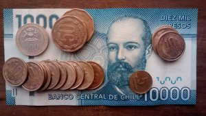 Read more about the article What does the existence of 5 Chilean Pesos suggest about wealth?