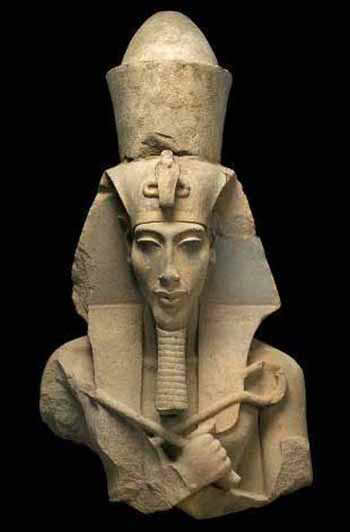 Pharaoh Akhenaten statue