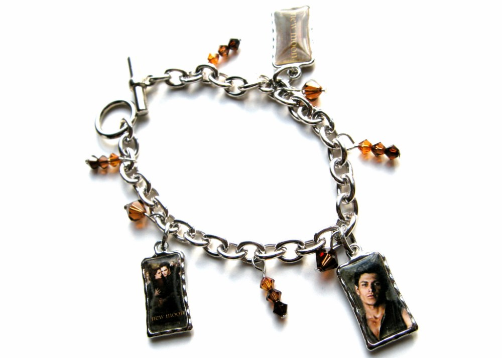 ~ Latest Twilight/New Moon Bracelets (4/6)