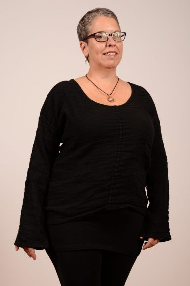 FLAX In-Motion Whisperer shirt in black or currant marled gauze
