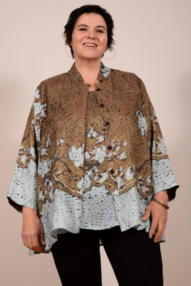 Trapeze Jacket by Dressori - 100% silk cloque relief