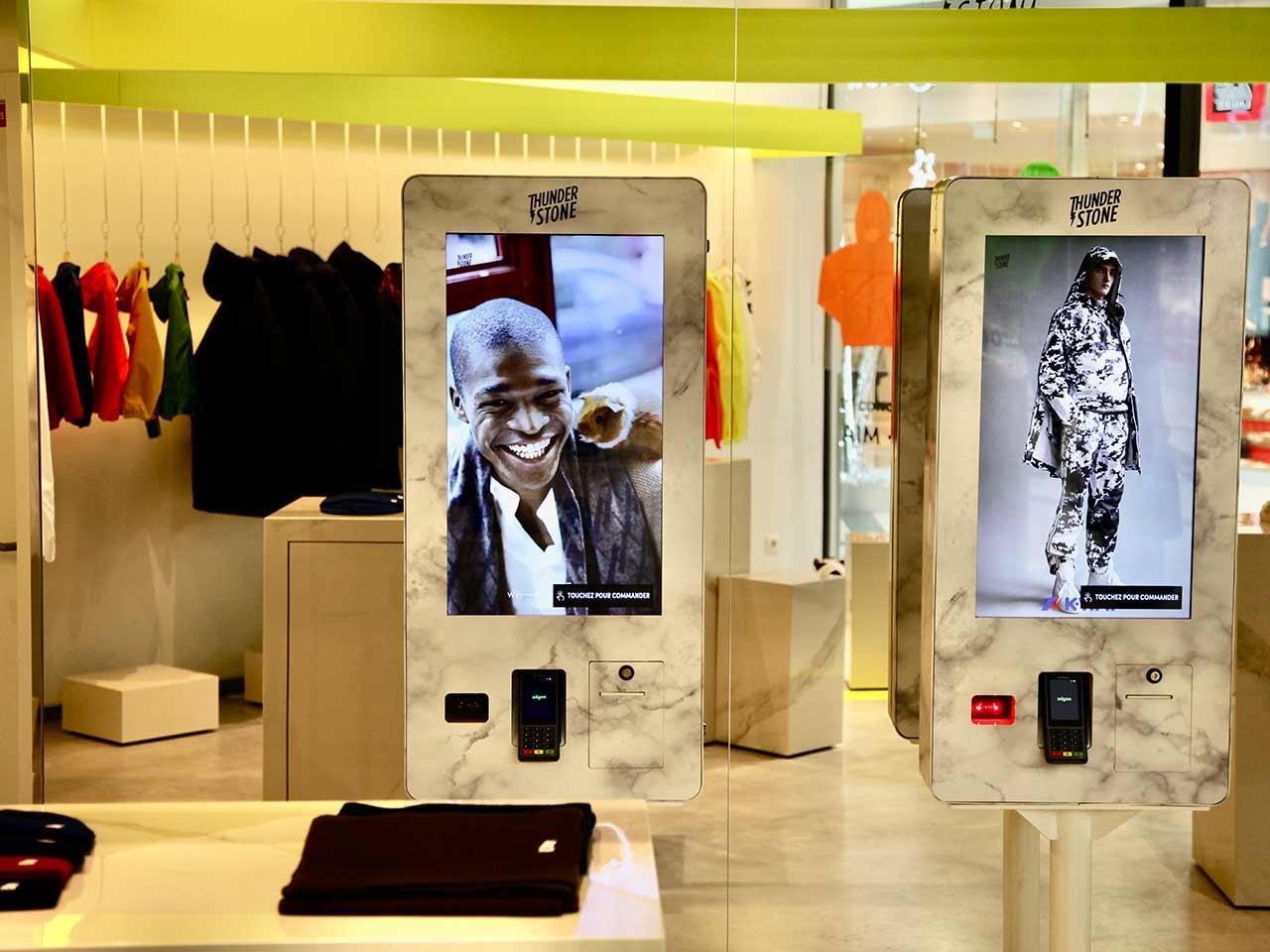 Thunderstone Quand Point De Vente Et Digital Font La Paire Leather Fashion Design Lfd
