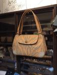 布と革のバッグ
