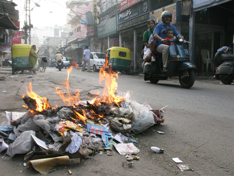 Pahar Ganj, Delhi - Burning Trash