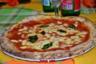 puok e med totò e i sapori mauro autolitano pizza egì 10 margherità