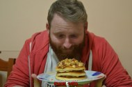 puok e med pancakes ricetta 41 confettura fichi uova strapazzate pepe bacon cipolla croccante egidio cerrone