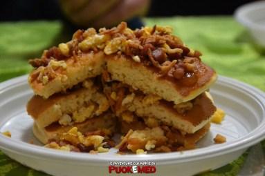 puok e med pancakes ricetta 50confettura fichi uova strapazzate pepe bacon cipolla croccante inside