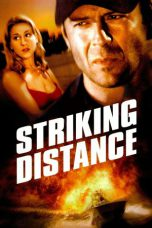 Nonton Movie Striking Distance Sub Indo