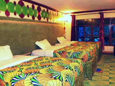 Triple Beds Room -- Le Bambou Gorilla Lodge