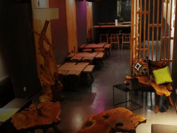 bar-depaysant-par-ville-Douala_City_Lyon-Le_Barman_Vous_Deteste