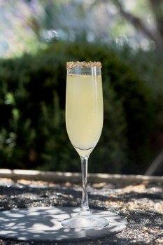cocktails-aux-herbes-la-tendance3-Le_Barman_Vous_Deteste