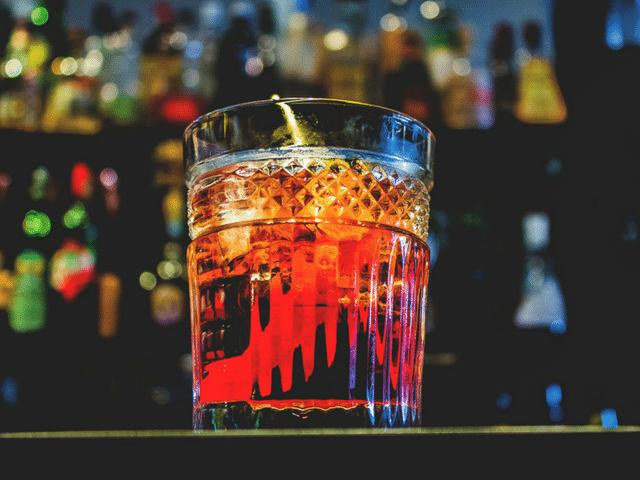 Avis aux fans de vermouth : la Vermuteria arrive - Le Barman Vous Deteste