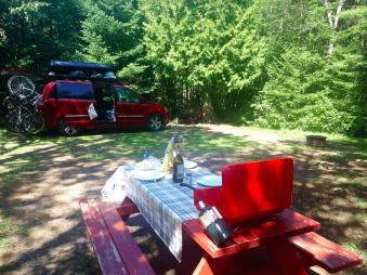 Camping à coté du van