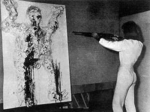 niki de saint phalle - shooting - le bastart