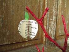 récup pages de livres pomme