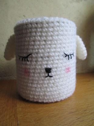 pot décoré au crochet